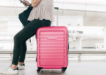 Passageira que sofreu atraso ínfimo em voo não será indenizada