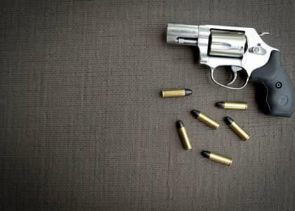 Decreto de Bolsonaro facilita porte de armas para advogados que sejam agentes públicos