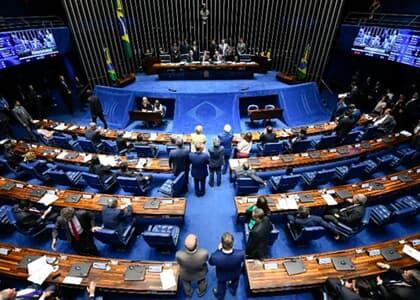 Senado aprova reforma da Previdência em 1º turno