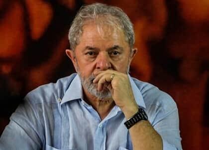 Defesa de Lula pede soltura do ex-presidente após decisão de Marco Aurélio