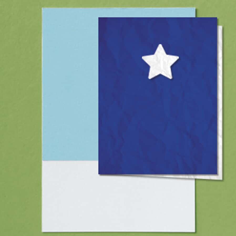 Ausência de juntada de cartões de ponto ou apresentação de cartões contendo horários uniformes