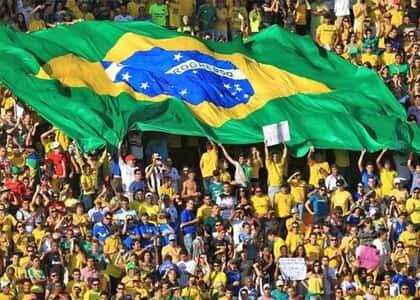 A seleção e a torcida brasileira