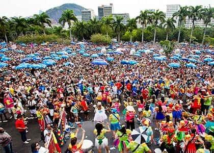 """O carnaval e a lei do """"xixi"""""""