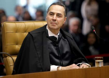 Estado e livre iniciativa na experiência constitucional brasileira